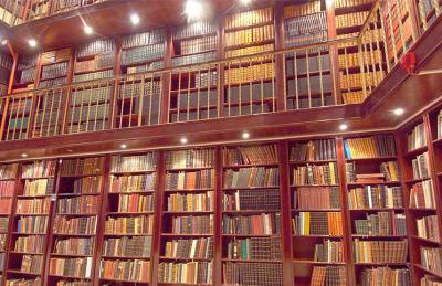 اختيار مكتبة قطر الوطنيه كأول مركز إقليمي للحفاظ على التراث في  الشرق الأوسط - صحيفة الجامعة