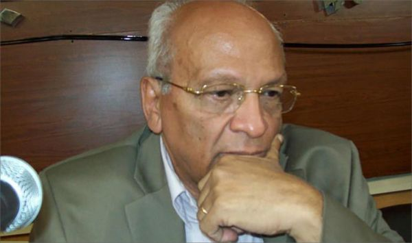 وفاة الروائي المصري جمال الغيطاني - University Journal