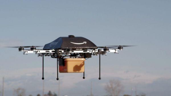 غوغل تعتزم تسليم الطرود بطائرات بدون طيار - University Journal