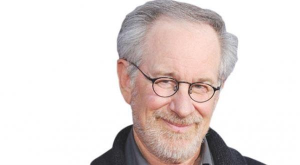 مخرج هوليوود سبيلبرغ: الحرب الباردة عادت - University Journal