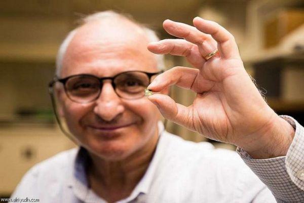 مغربي يخترع شريحة ذكية تشحن بطارية الهاتف في 10 دقائق - صحيفة الجامعة
