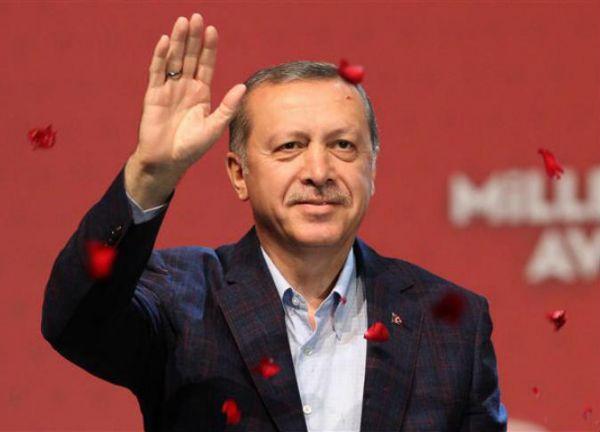 بالفيديو.. قصة حياة أردوغان على شاشات السينما - University Journal
