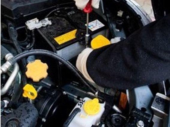نصائح ذهبية للتعامل مع بطارية السيارة في الشتاء - صحيفة الجامعة