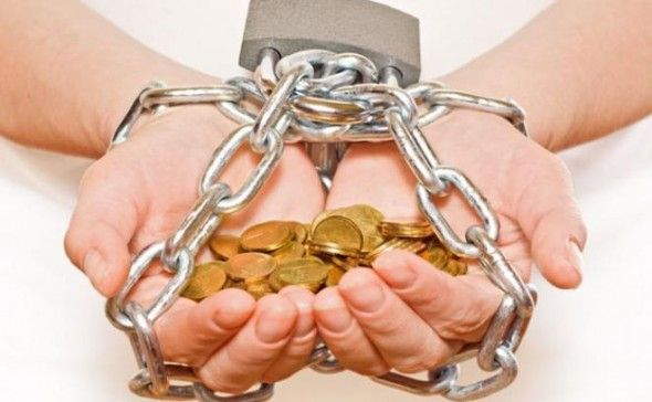 كيف تتجنب تراكم الديون في حالة فقد الوظيفة؟ - University Journal