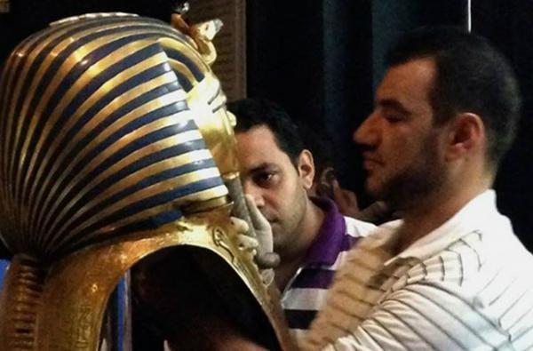 محاكمة ثمانية متّهمين أضرّوا بلحية توت عنخ آمون - صحيفة الجامعة
