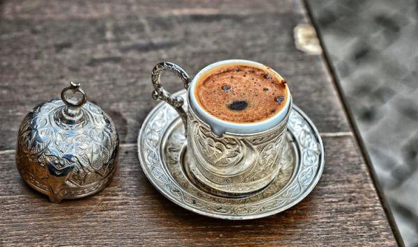 فنجانا قهوة يوميا يوقفان تليف الكبد بنسبة 44% - صحيفة الجامعة