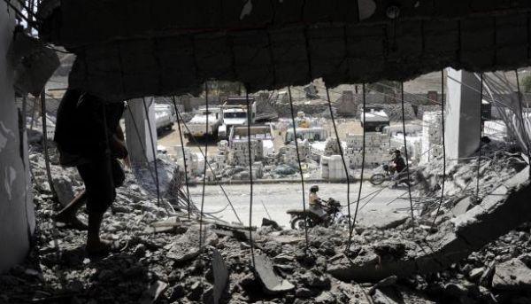 """قطاع خاص """"طفيلي"""" يستحوذ على الموارد اليمنية - University Journal"""