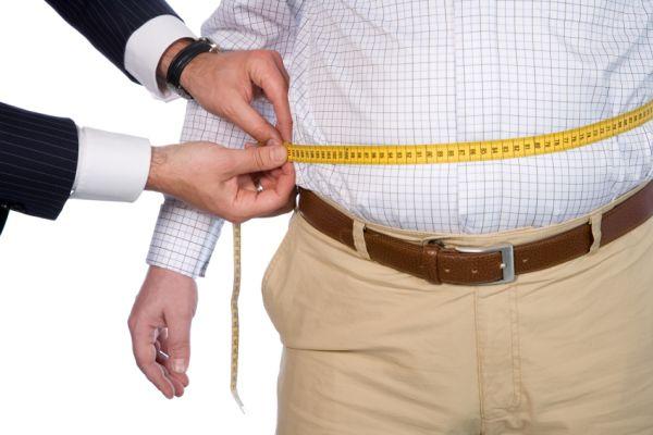 5 طرق لتجنب زيادة الوزن في العمل - صحيفة الجامعة