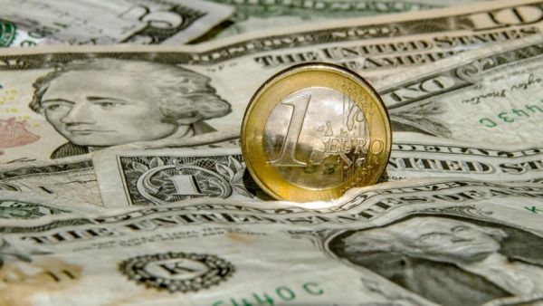 الاحتياطي النقدي.. بارومتر للاستقرار المالي - صحيفة الجامعة