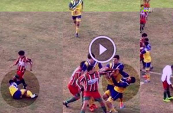 """شجار """"عادي"""" يودي بحياة لاعب في الأرجنتين (فيديو) - صحيفة الجامعة"""