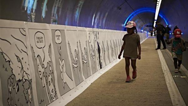 طلاب فرنسيون يحققون رقما قياسيا في رسم أطول لوحة فكاهية في العالم - صحيفة الجامعة