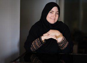 """قصة نجاح """"تامي أمبل"""".. أميركية اعتنقت الإسلام ترعى 14 ابناً وبنتاً وتجني 100 ألف دولار شهرياً - صحيفة الجامعة"""