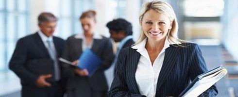 دراسة أمريكية: تفوق النساء على الرجال فى المفاوضات المالية - صحيفة الجامعة