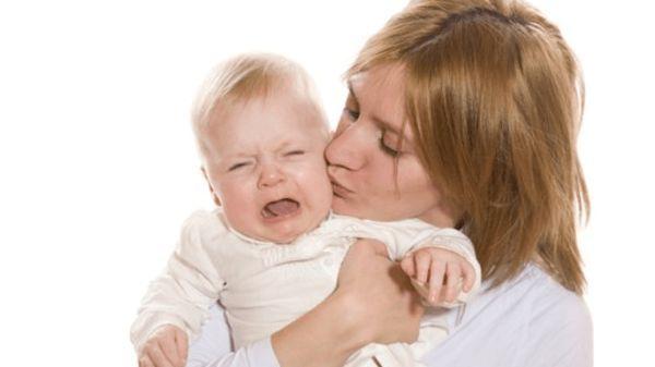 دراسة.. بكاء الأطفال يتسبب في نفس رد الفعل لدى أمهاتهم بغض النظر عن ثقافتهم
