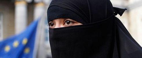 حظر النقاب في أوروبا: وسيلة اندماج أم طريقة استفزاز - صحيفة الجامعة