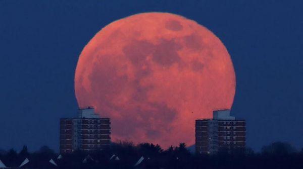 بعثة هندية ثالثة إلى القمر بعد أشهر من محاولة هبوط فاشلة - صحيفة الجامعة