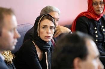 كيف نجحت رئيسة وزراء نيوزيلندا في امتصاص غضب الجالية الإٍسلامية ؟ - University Journal