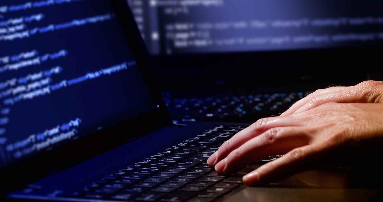 علامات تشير أن حاسوبك مخترق - صحيفة الجامعة