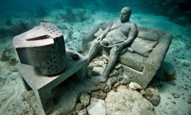 5 أماكن مذهلة لن تصدق وجودها تحت الماء! تعرف عليها وعلى تكلفة الاستمتاع بها - صحيفة الجامعة