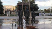 عرض تماثيل سنودن وأسانج ومانينغ بجنيف