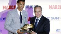 رونالدو يتسلم جائزة الحذاء الذهبي لأفضل هدافي القارة الأوروبية بعد تسجيله 48 هدفا