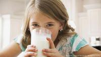 الحليب - مصدر للكالسيوم أم مسبب للسرطان؟