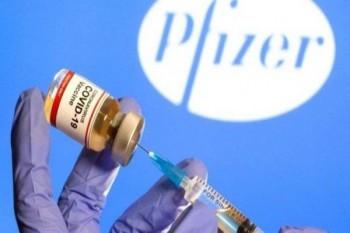 بريطانيا أول دولة توافق على استخدام واسع للقاح كورونا