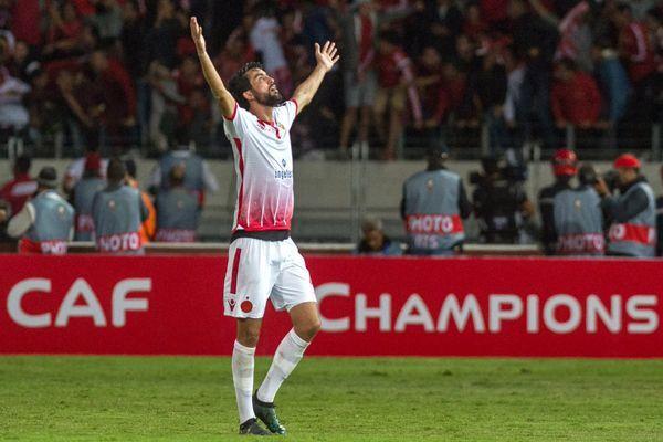 الوداد البيضاوي المغربي بطلًا لدوري أبطال أفريقيا للمرة الثانية بتاريخه - صحيفة الجامعة