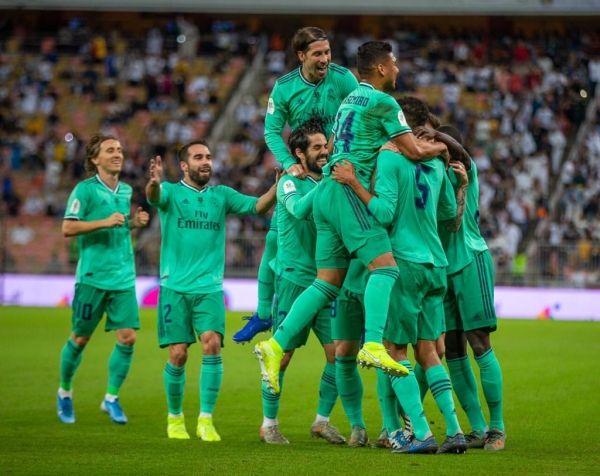 ريال مدريد يسحق فالنسيا بثلاثية ويبلغ نهائي السوبر الإسباني - صحيفة الجامعة