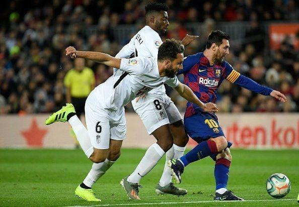 برشلونة يستعيد الصدارة بفوز صعب على غرناطة - University Journal