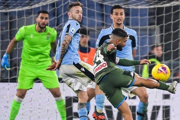 نابولي يقصي لاتسيو من كأس إيطاليا - صحيفة الجامعة