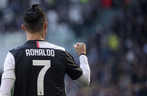 رونالدو يخطف الأنظار في العام الجديد ويتفوق على ريال مدريد وبرشلونة - University Journal