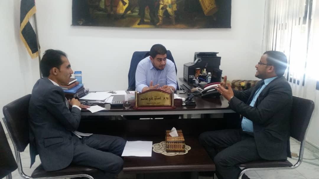 وزير التعليم العالي بحكومة الشباب يجري زيارة تفقدية لجامعة الملكة أروى